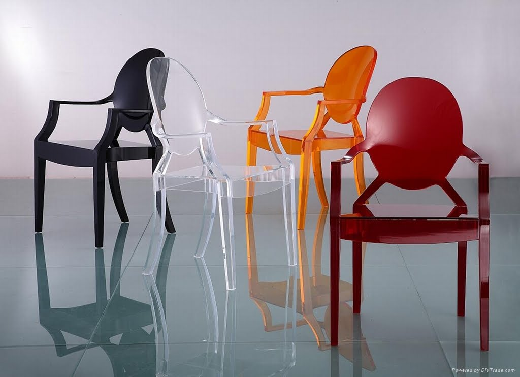 Acrylic Furniture: The new definition of style at your place