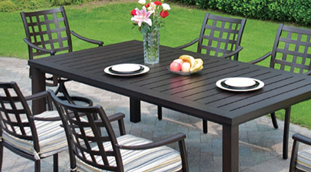 Why Should One Go For Aluminum Patio Furniture