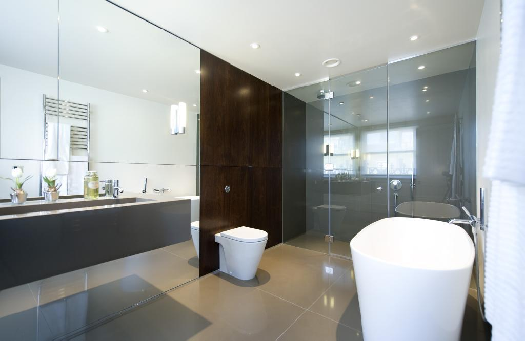 Types of bathroom mirrors goodworksfurniture for Types of bathroom mirrors