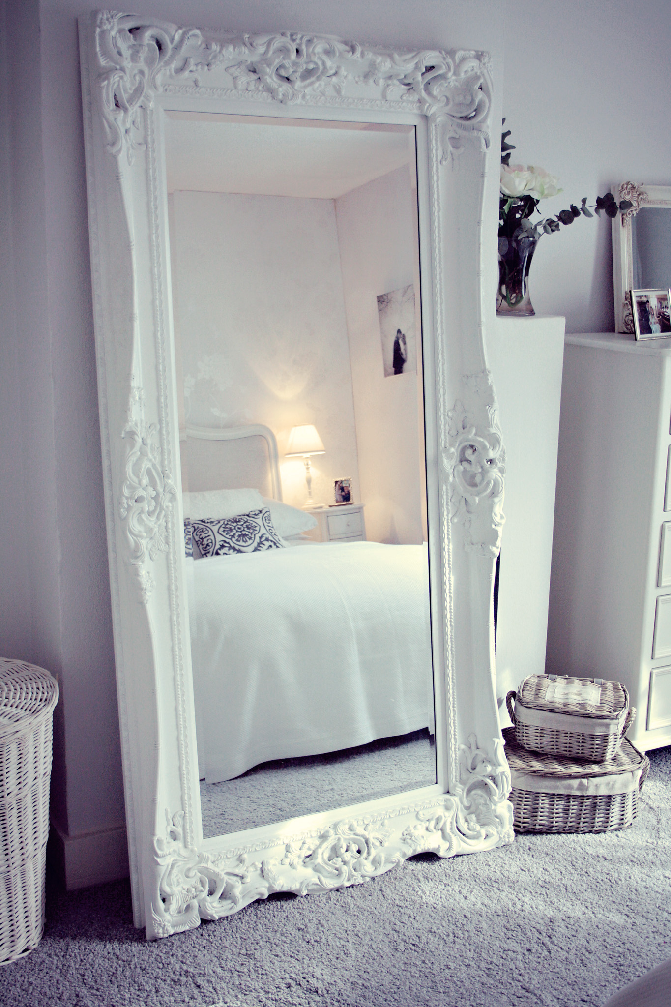 bedroom mirrors: best decorative items for your house OXWHYWY