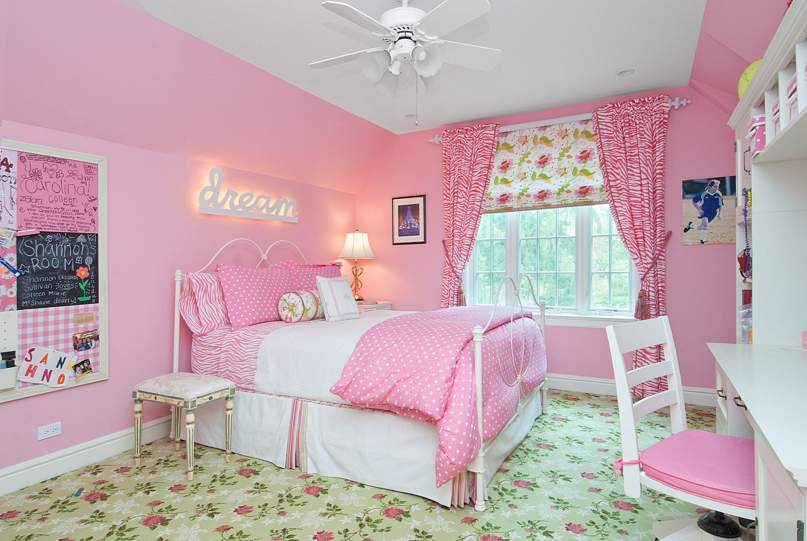 bedroom pink bedroom curtains aim pink and purple bedrooms for small home IDNRVAA