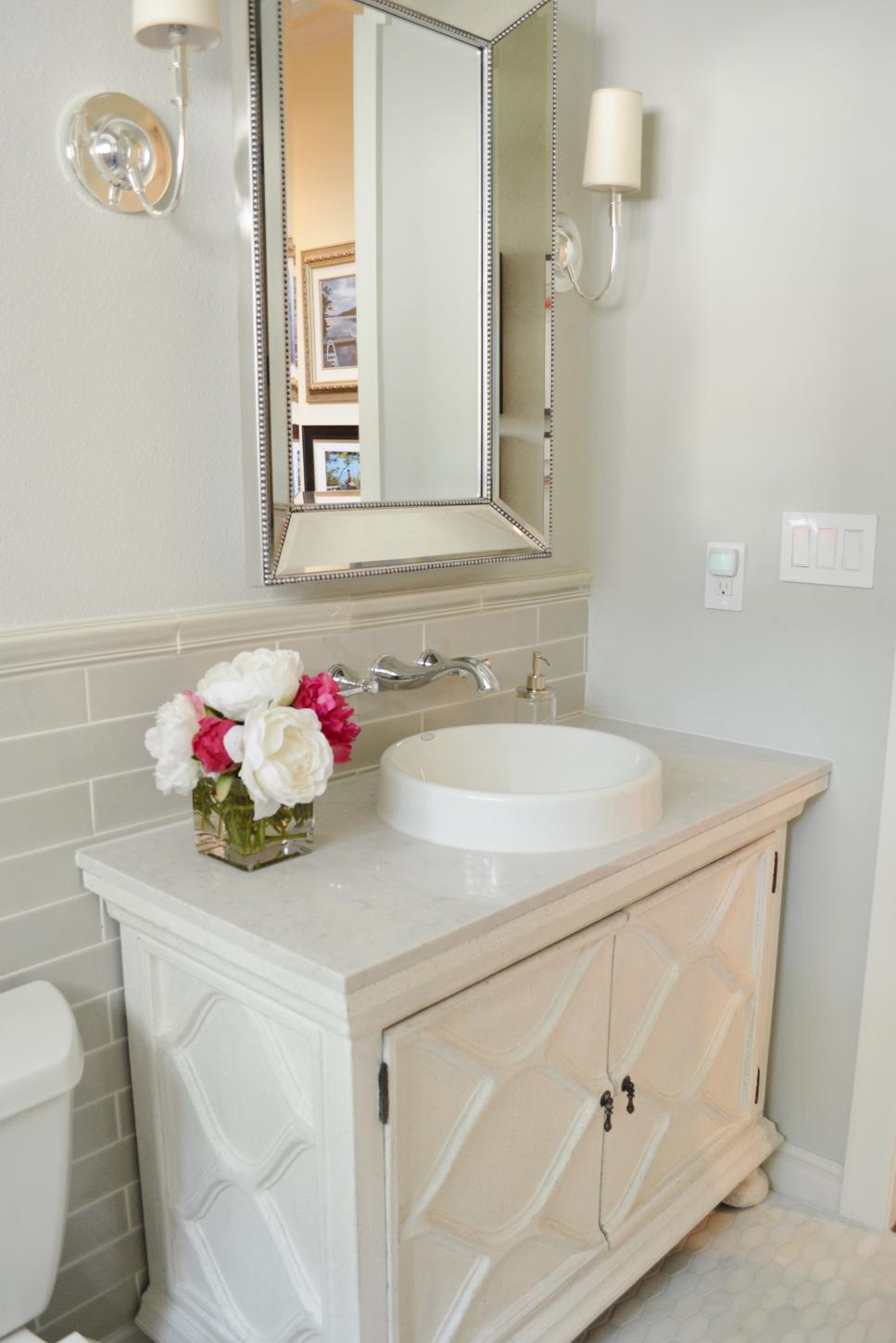 before-and-after bathroom remodels on a budget   hgtv FXBNYEH