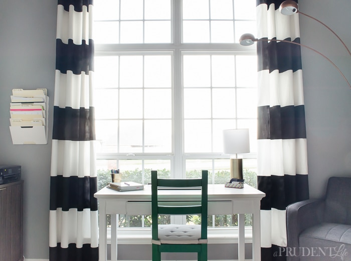 black and white striped curtains add chic style to any room. check YBVSUPY