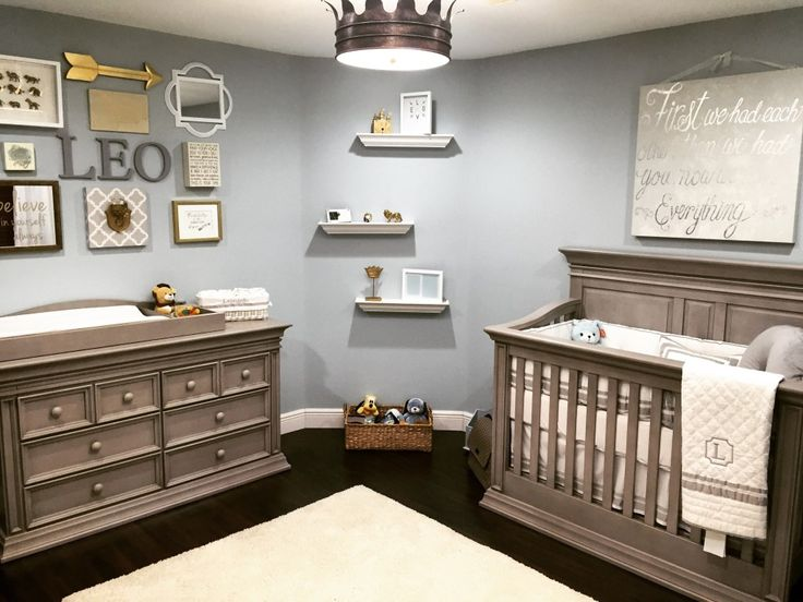boy nursery ideas classic serene nursery fit for a king - love this royal-inspired baby boy IRVQNDE