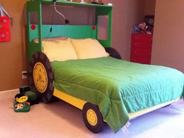 boys beds a tractor bed is another popular option for boysu0027 rooms KDYSGIT