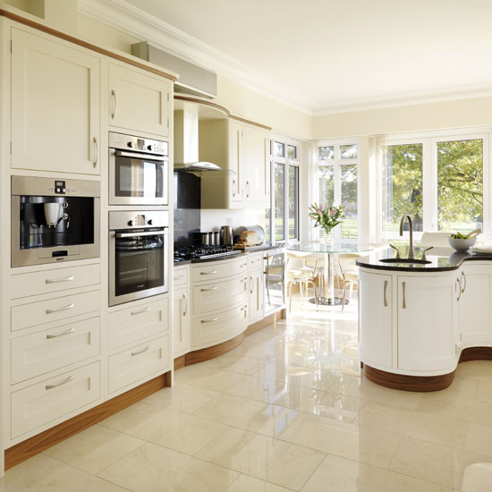 cream kitchens - 10 beautiful schemes STPTTUX