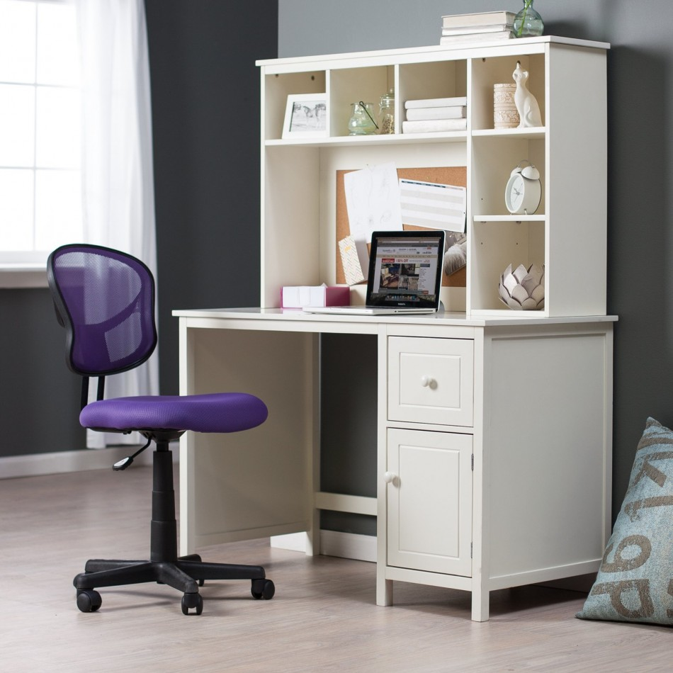 Desks For Small Spaces Top Rooms Diffe Layouts Feet Areadrawers Purple Swivel Chair Wooden