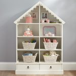 Dollhouse Bookcases: A Great Way To Furnish a Girl's Bedroom