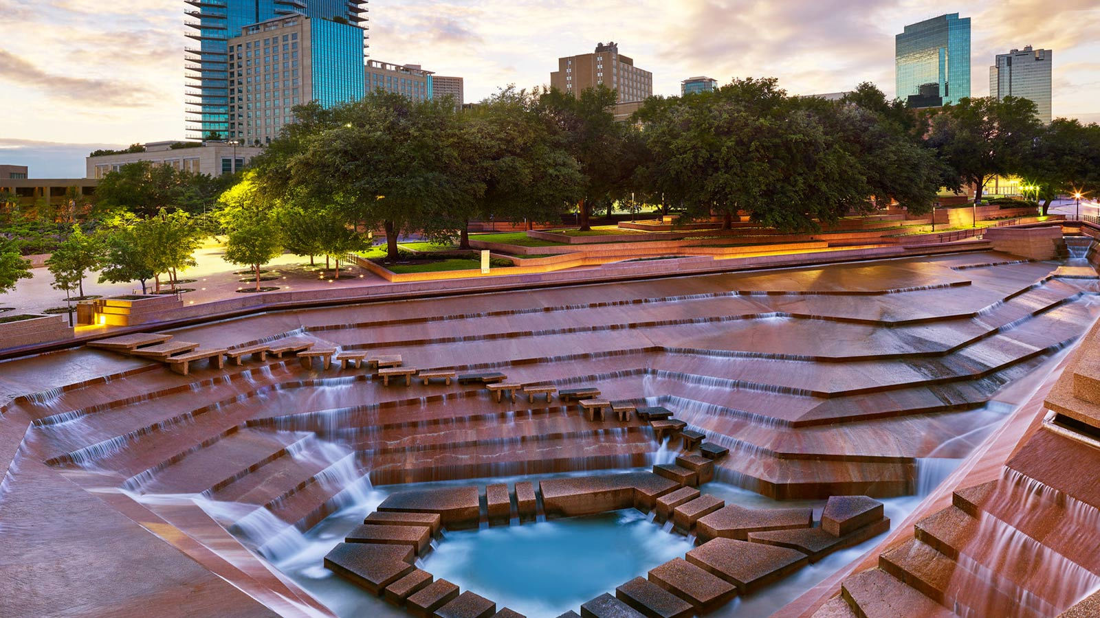 fort worth water gardens - sheraton fort worth downtown hotel ACIXNVK