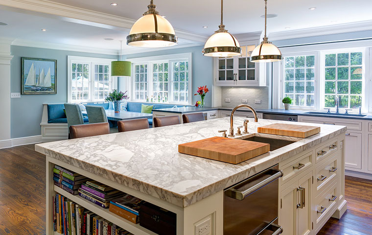 granite kitchen countertops a unique granite pattern on an island designed by cardello architects from KCPORKJ