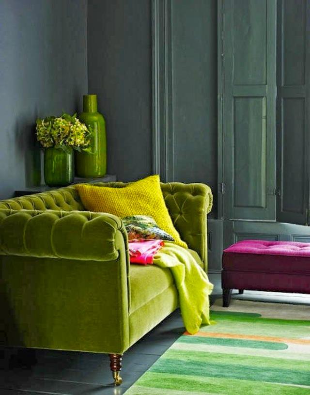green sofa ESWKBEM