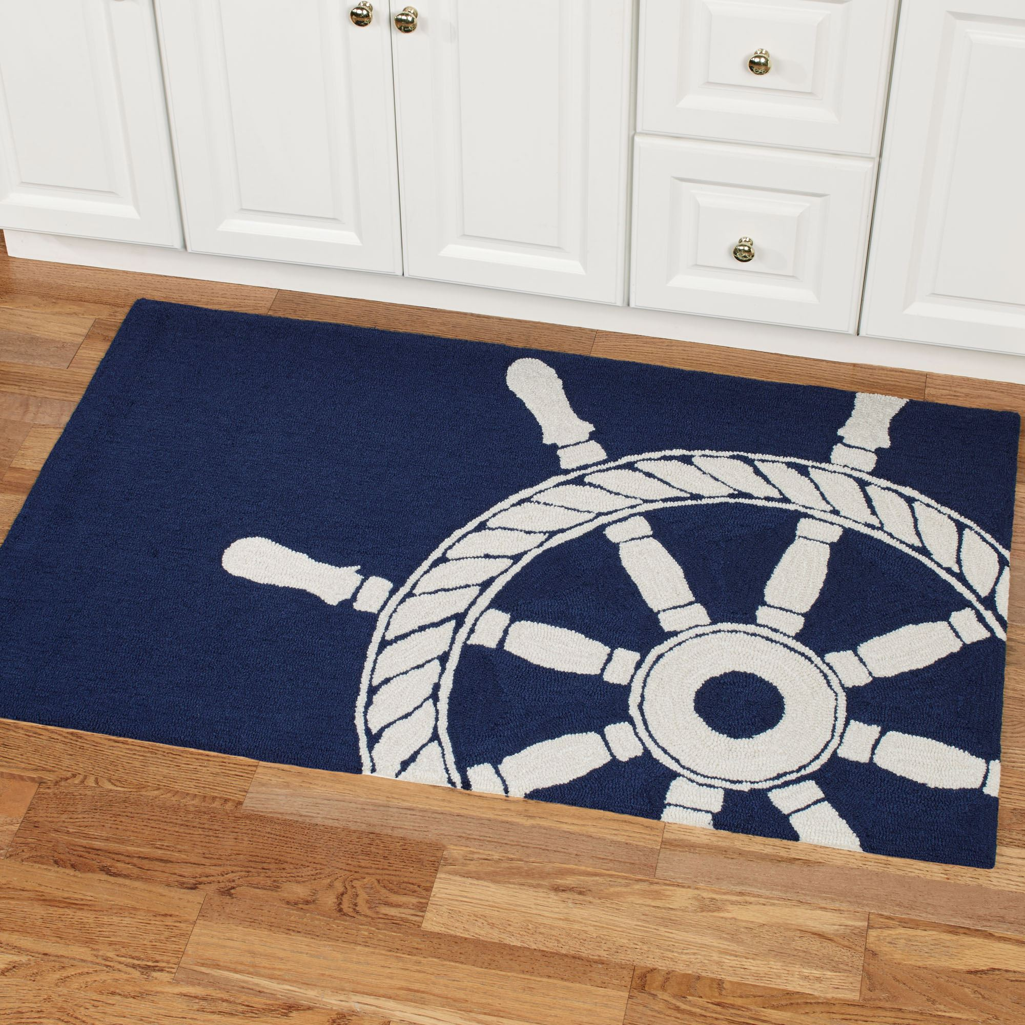 Nautical Rugs Make Your Home A Beach House