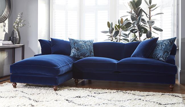 navy blue velvet sofa by darlings of chelsea ZUBDESM