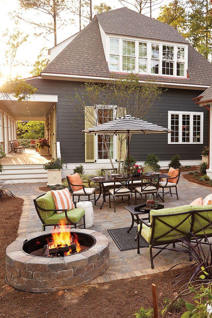 outdoor patio ideas margaret kirkland designed the patio using ballard designsu0027 directoire  collection SENUPIZ