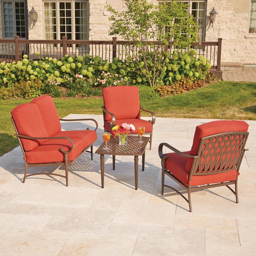 Patio Furniture: The New Name Of Comfort.