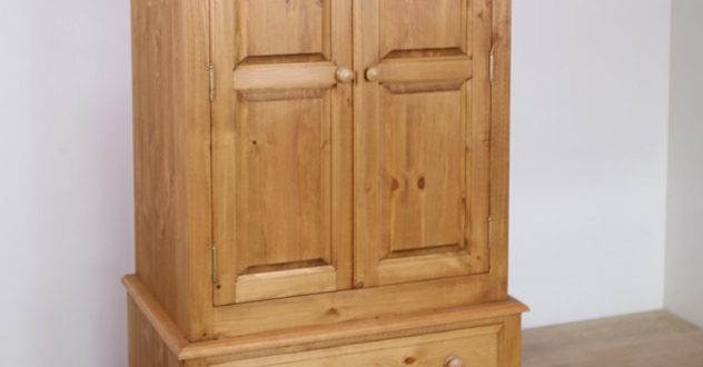 pine wardrobes solid pine 36 inch 2 door wardrobe with drawers. INRHBNP