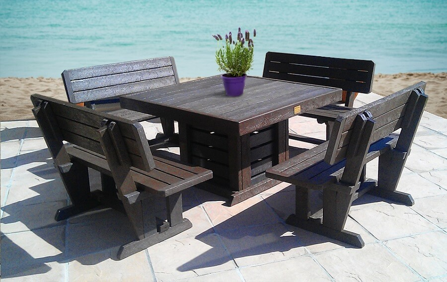 recycled plastic garden furniture set near the ocean RKTAWOP