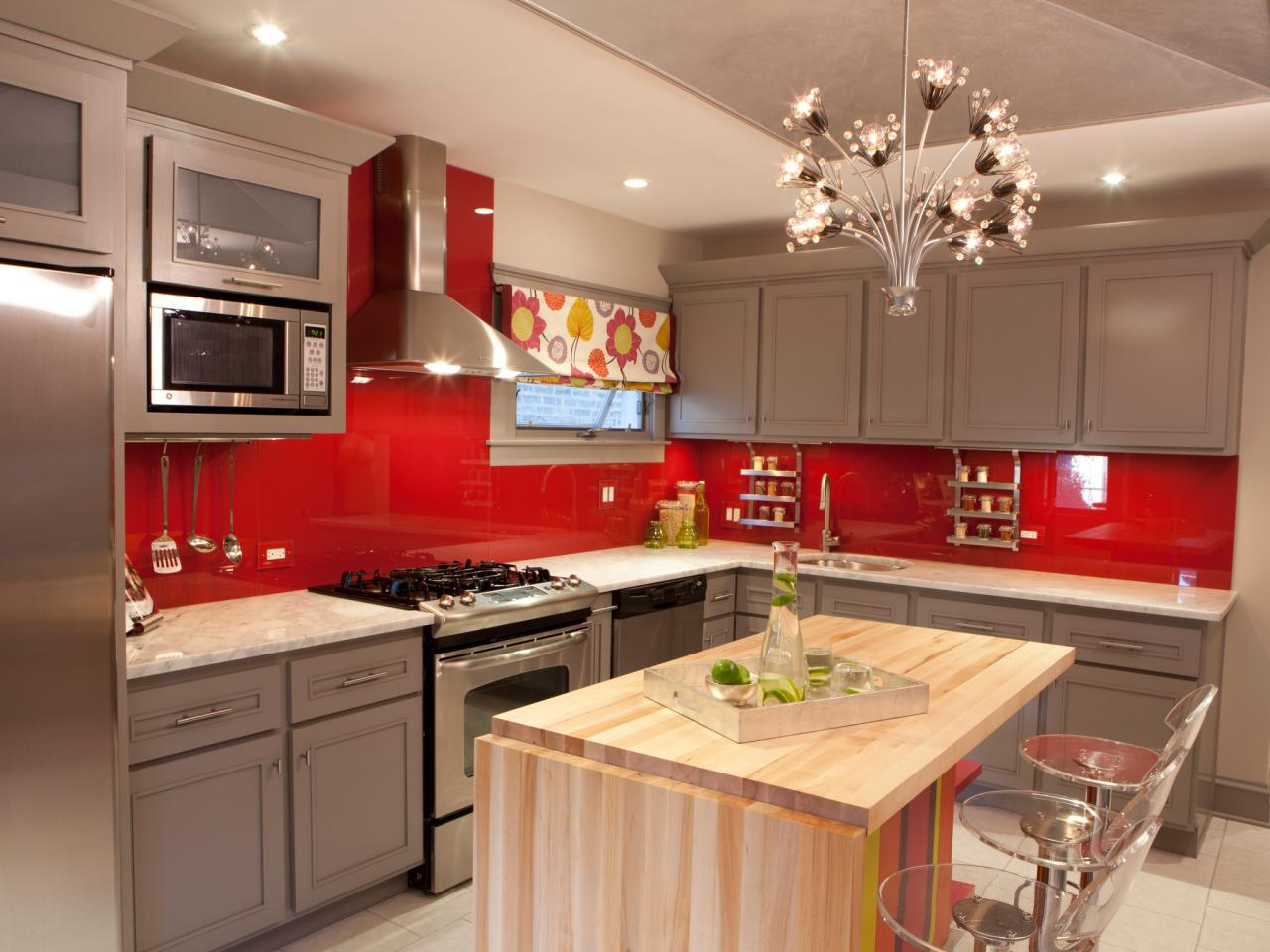 red kitchen paint UPSDNMG