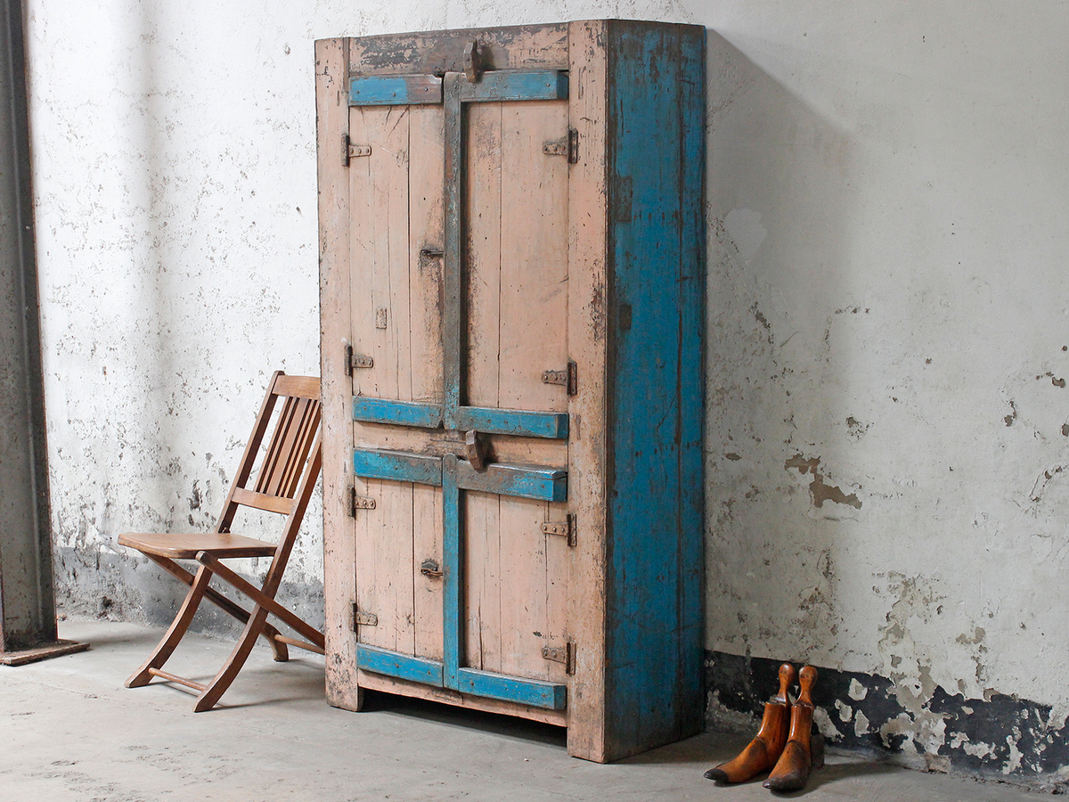 Shabby Chic Wardrobe: Beneficial And Luxurious
