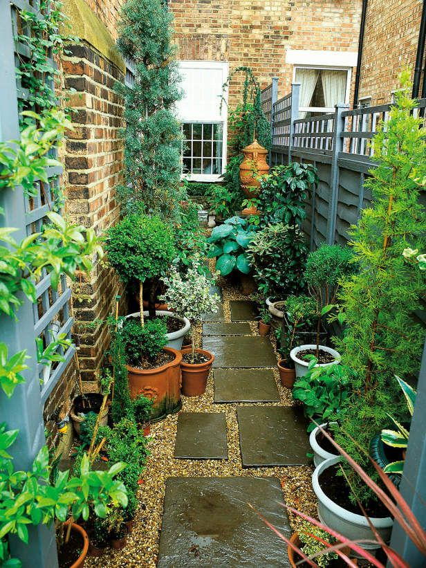 small gardens narrow garden space of townhouse this very narrow space on the side of SNNLBAH