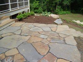 stone patio https://i.pinimg.com/736x/54/71/97/547197b36643c98... SYVGMDN