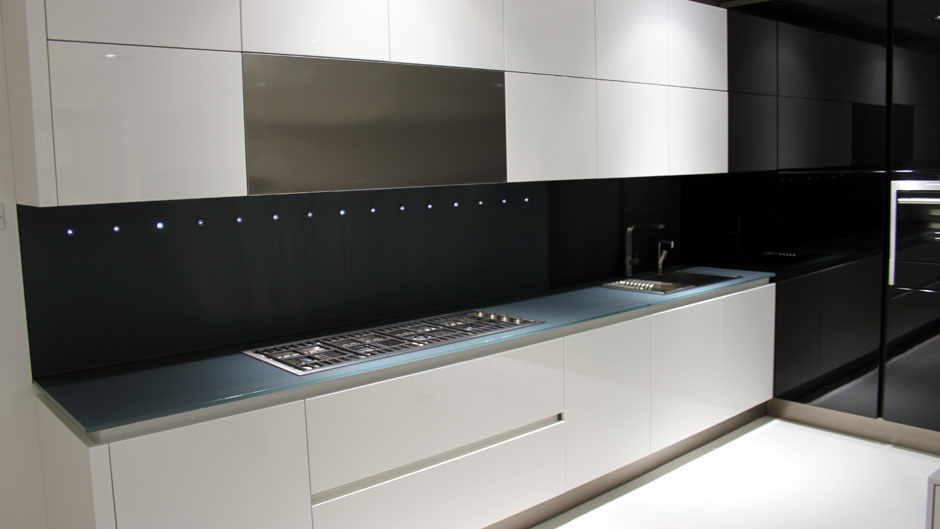 super ex display kitchens OYJVVMC