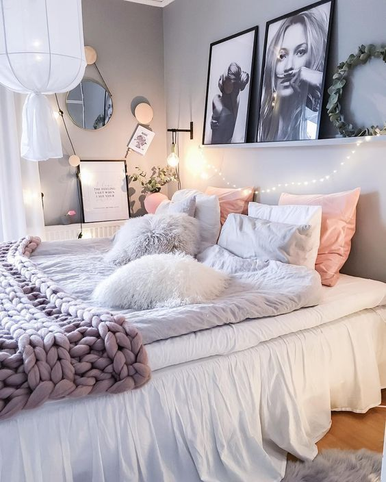 teen girls bedroom ideas girly u0026 glam bedroom-love the shelf above the bed QRBDFNO