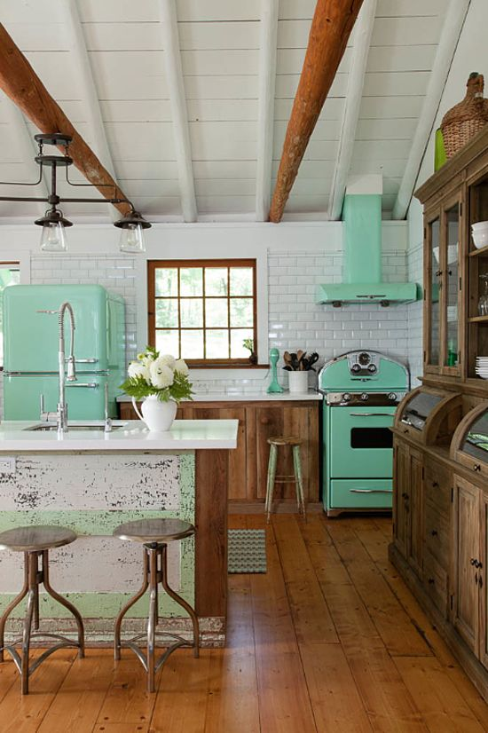 vintage kitchen a lovely cottage retreat CNPGVGM