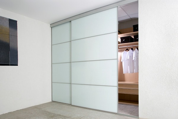 Wardrobe Sliding Doors – A Brilliant Idea for Your Home