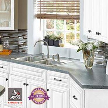 white kitchen cabinets picture for category aspen white SKLZGZQ