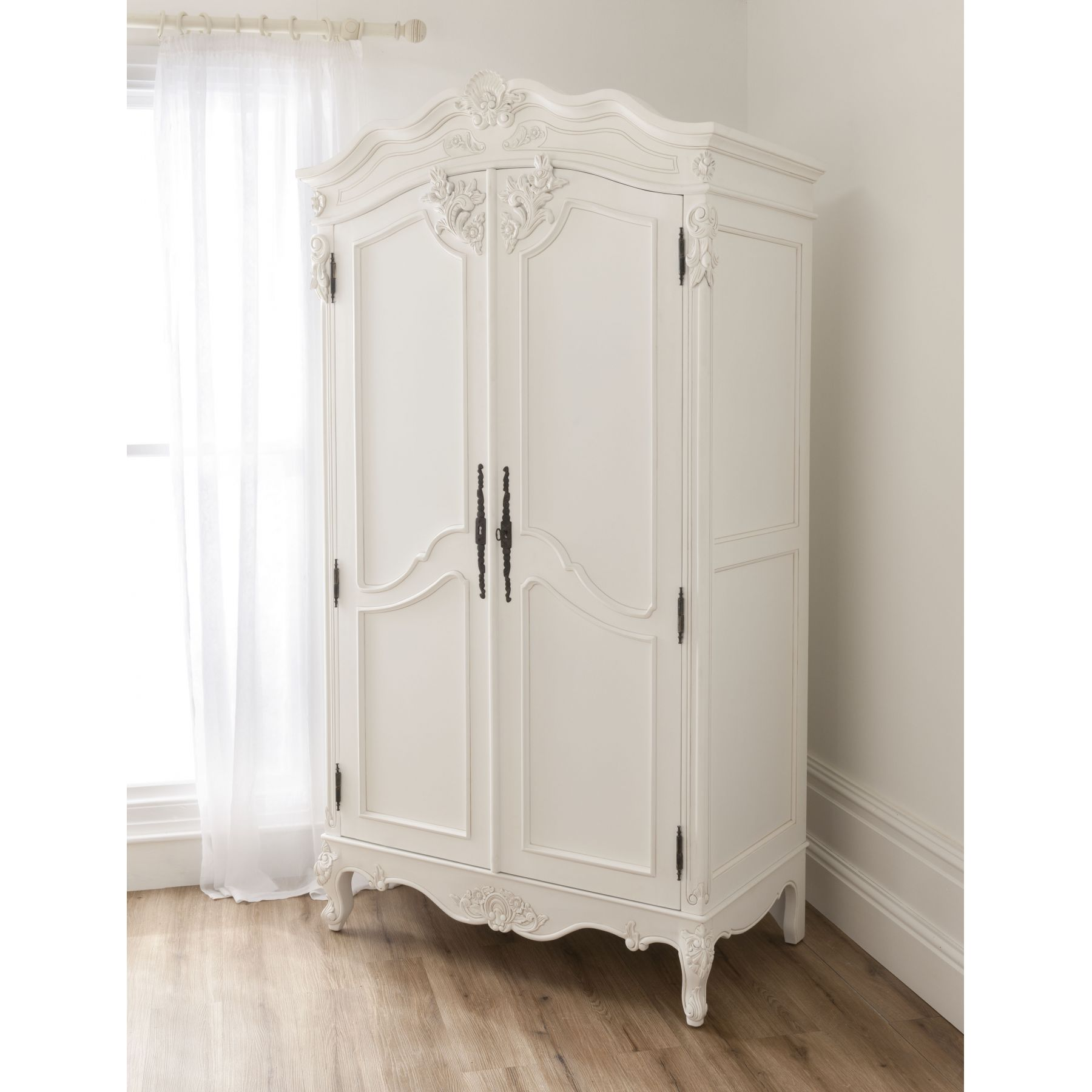 white wardrobes get bold - select a white wardrobe for your room NGYIXWK