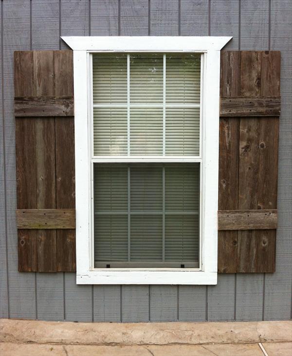 wood shutters 🔎zoom HABHBTW