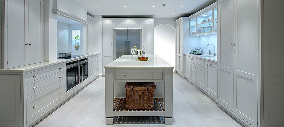 Bespoke Kitchens bespoke kitchens uk GTROMEV