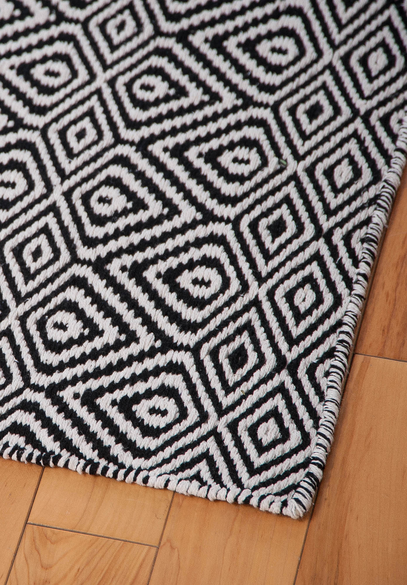 black and white rugs wild diamonds eco cotton rug - black/white. wild diamonds eco cotton rug - MKUAQIZ