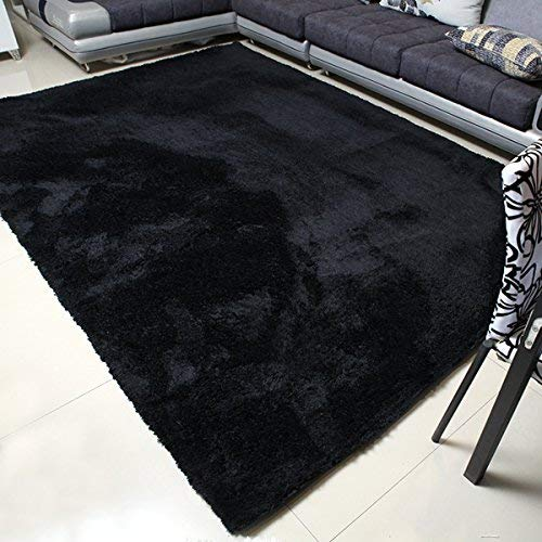 Black rugs are pretty handy: