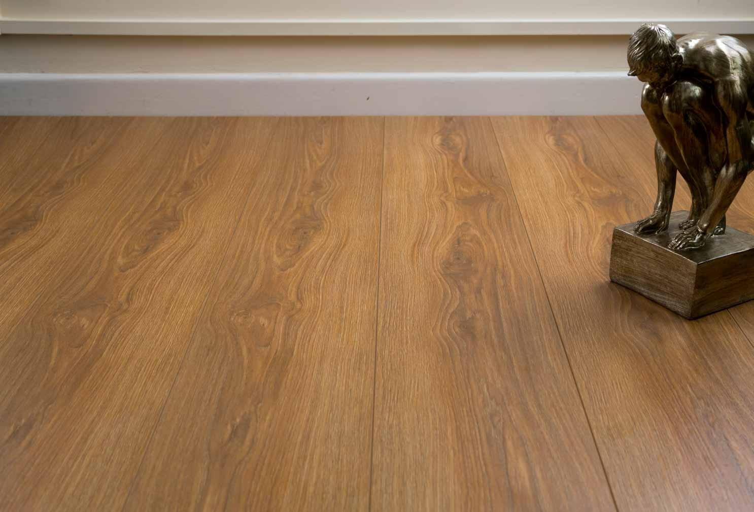 burnbury 12mm french oak laminate flooring WUVLEAI