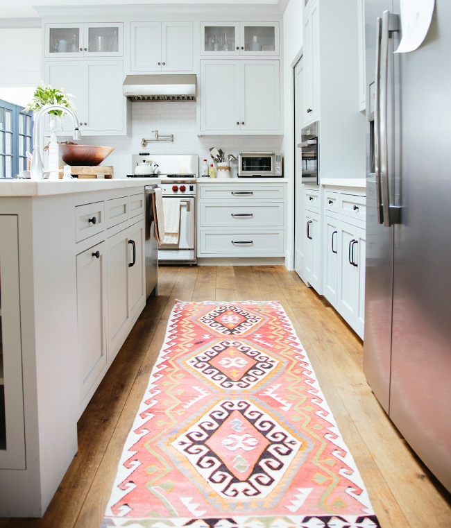 A Guide To Buy The Right Kitchen Rugs Goodworksfurniture