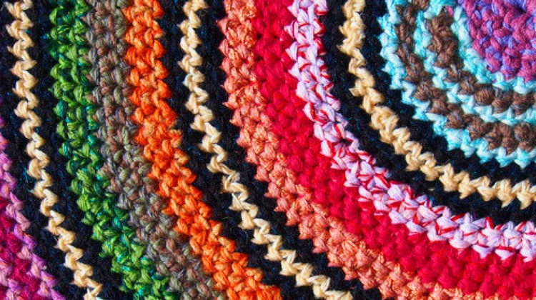 crochet rag rug how to make a traditional rag rug | homesteading QOHRSWU