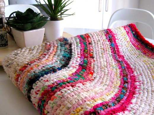 crochet rag rug learn how to make a finely woven and colourful rag rug just like PWRXRBD