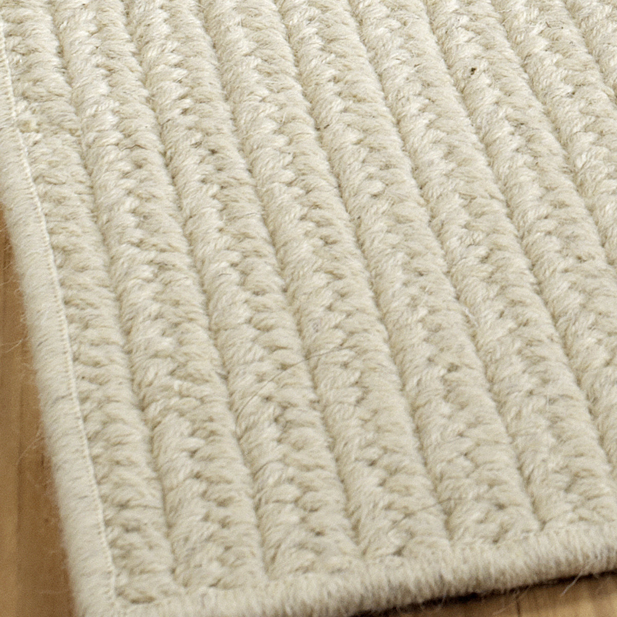 eco-friendly solid braided wool rugs cloudy_white VAIUJIK