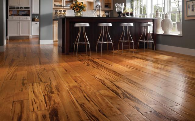 hardwood floor cleaning products to avoid with hardwood floors CTAUUAC