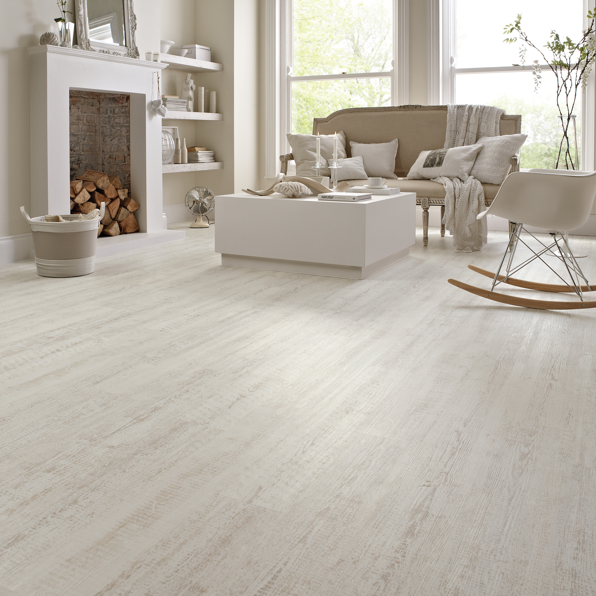 karndean flooring kp105 white painted oak living room flooring - knight tile ... CODAHQC