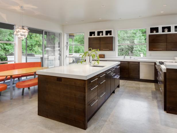 Kitchen flooring options kitchen in new luxury home TUJCMTN