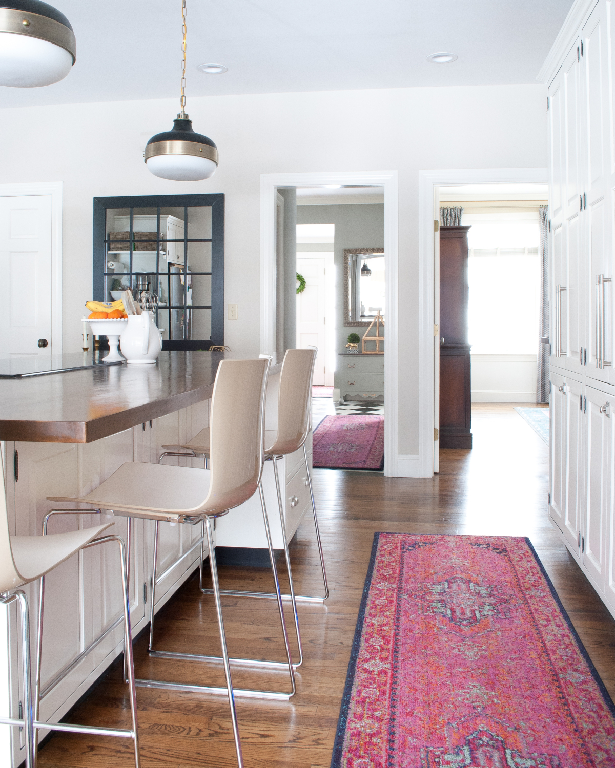 kitchen rugs get the look of a vibrant vintage rug in the kitchen without the STWEEPR