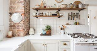 Kitchen Shelving (image credit: julia steele) QUMEREG