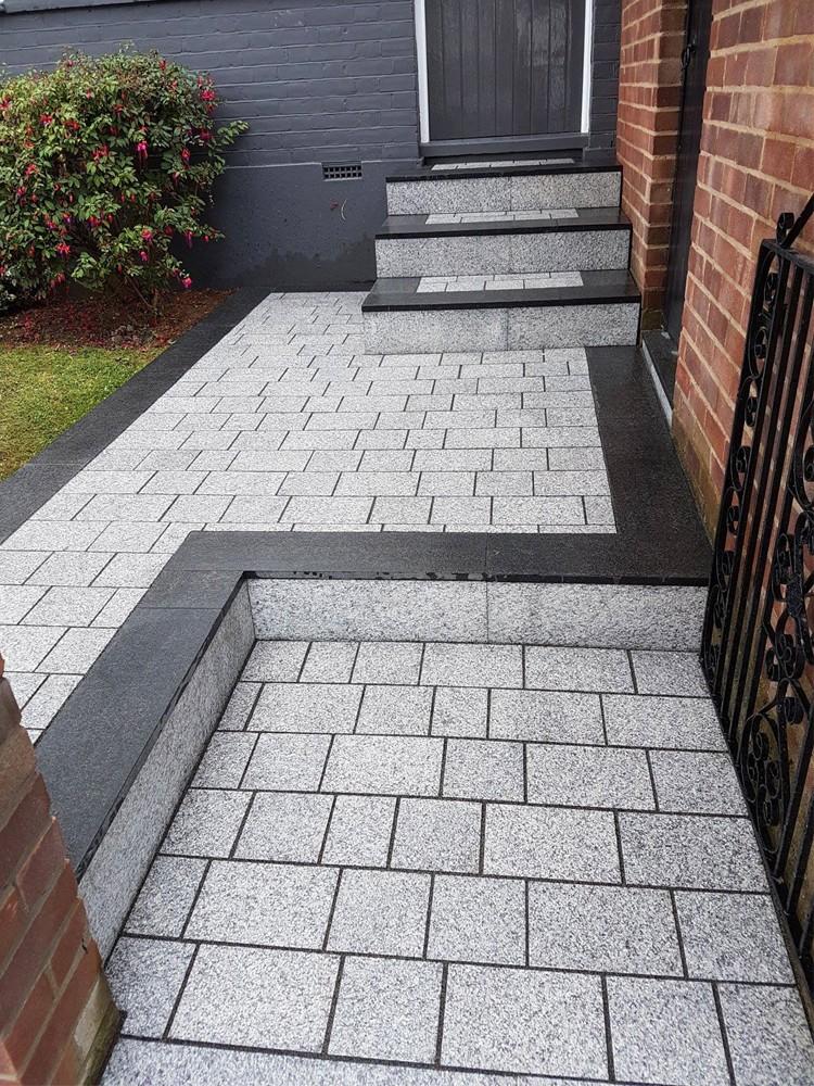 light grey sawn driveway granite setts - block paving CZCFEVP