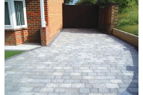 natural paving - fossestone - block paving - birch - project pack RNUZGEA