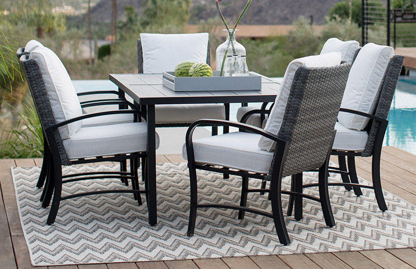 outdoor rug under patio table 6 person patio dining set on deck with outdoor rug VEODCFN