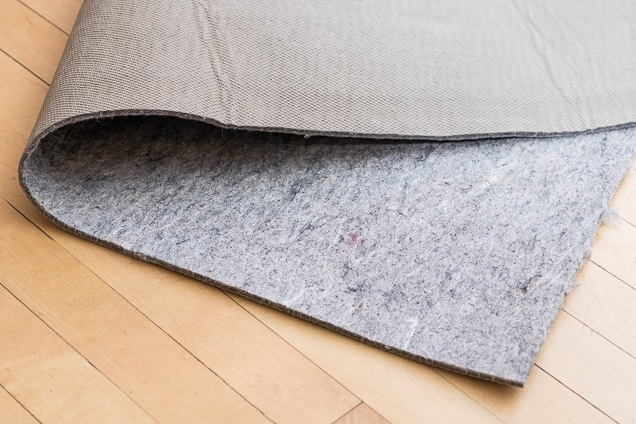 rug pads our pick: mohawk home supreme dual surface felted rug pad WTUDWBH