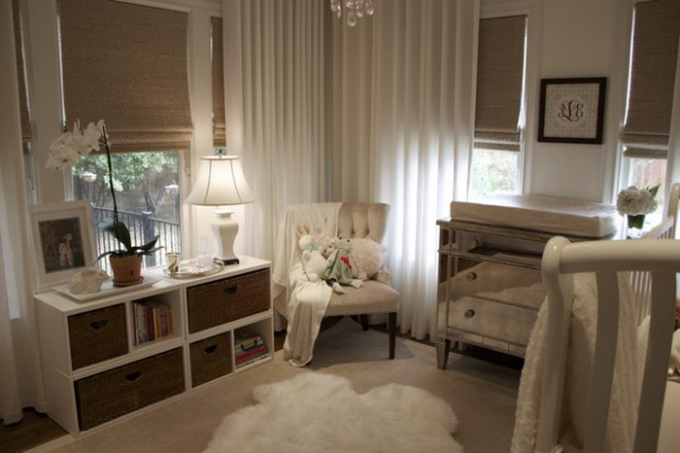 sheepskin rug ideas 20 great ideas how to decorate with white comfy sheepskin rug DQXPZFP